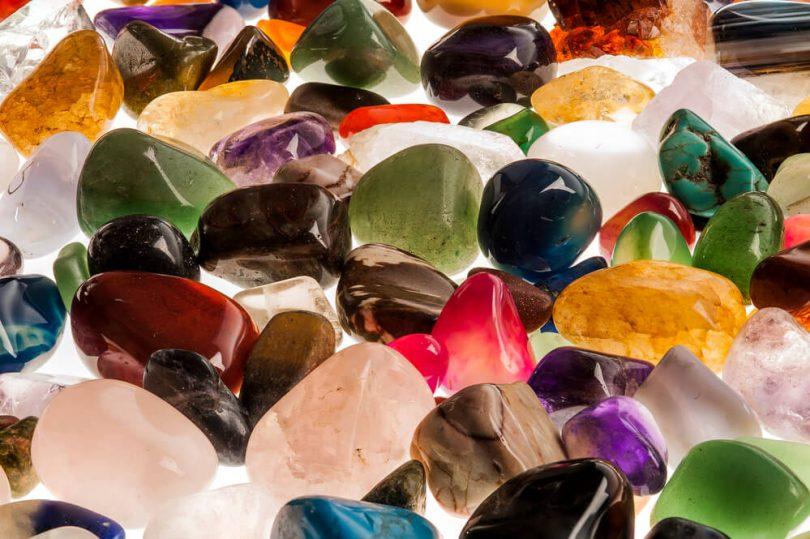 1aaa5349163 Descubra qual a pedra de cada signo e seu significado